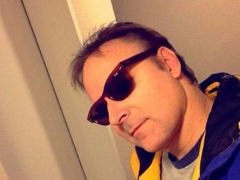 david21q 35 éves társkereső profilképe