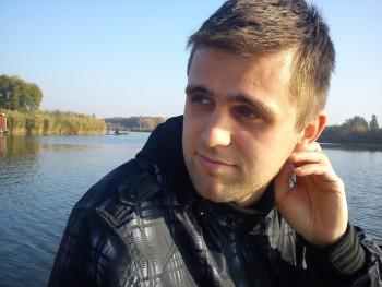 peter12345 36 éves társkereső profilképe