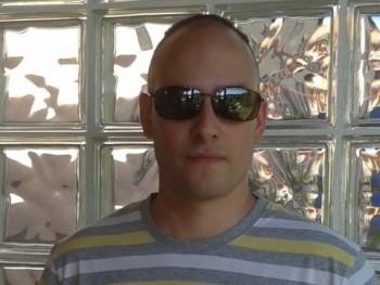 Andrew25 28 éves társkereső profilképe