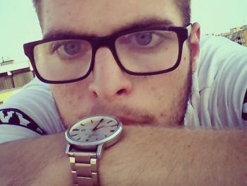 Scott 21 éves társkereső profilképe