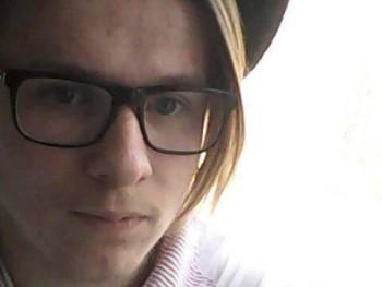 danikatiborcz 23 éves társkereső profilképe