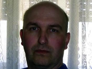 Oscarzon 48 éves társkereső profilképe