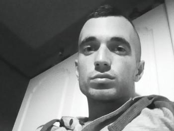 Báró23 26 éves társkereső profilképe