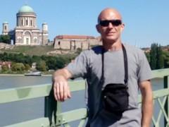 Tomo - 42 éves társkereső fotója
