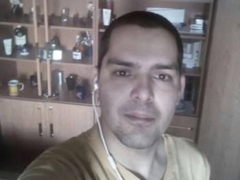 sz8011 39 éves társkereső profilképe