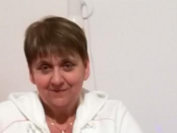 Agnesz 60 éves társkereső profilképe