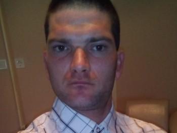 sanyi29 31 éves társkereső profilképe