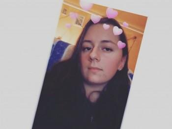 metalkitti 18 éves társkereső profilképe