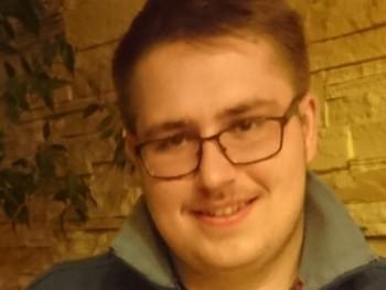 cornelius09 20 éves társkereső profilképe