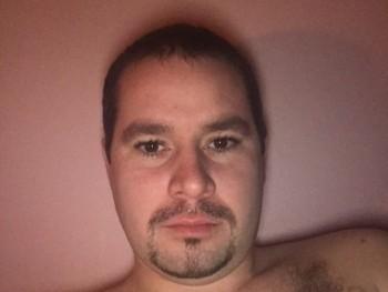 csaba851 35 éves társkereső profilképe