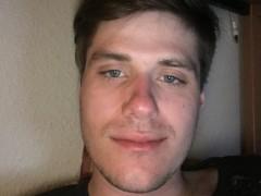 MilanKovacs - 23 éves társkereső fotója
