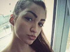 Izabella97 - 23 éves társkereső fotója