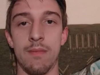 BBA 24 éves társkereső profilképe