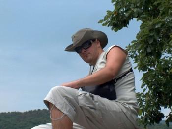 Sziriusz 38 éves társkereső profilképe