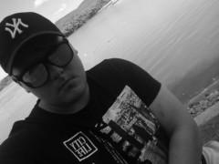 Péther - 19 éves társkereső fotója