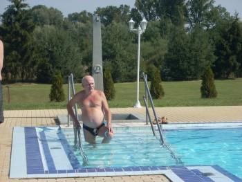 Beco 74 éves társkereső profilképe