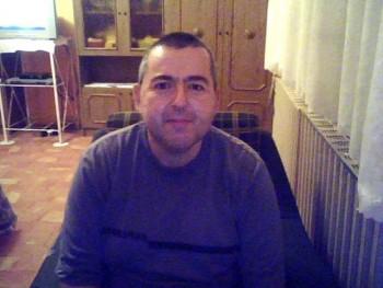 bela706 49 éves társkereső profilképe