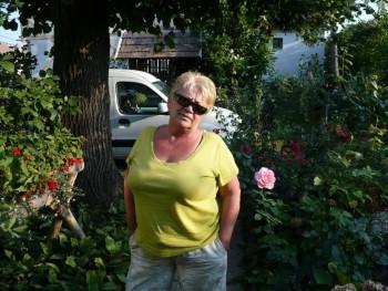 Liácska 63 éves társkereső profilképe