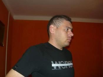 Három-iii 41 éves társkereső profilképe