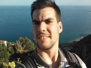 Balint08 32 éves társkereső profilképe