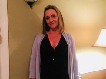 Évicuska 44 éves társkereső profilképe