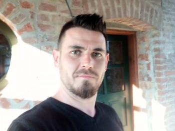 ichunddu 35 éves társkereső profilképe