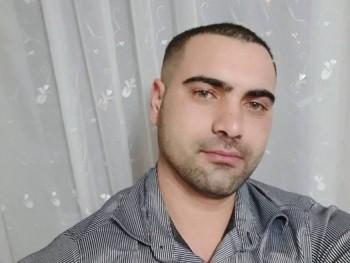 istván8687 34 éves társkereső profilképe