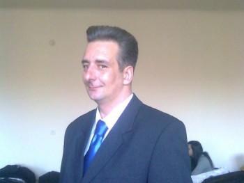 Lpityu 49 éves társkereső profilképe