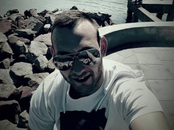kallai123 26 éves társkereső profilképe