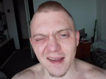 Monoszóp 28 éves társkereső profilképe