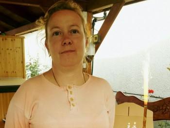 TErcsa 46 éves társkereső profilképe