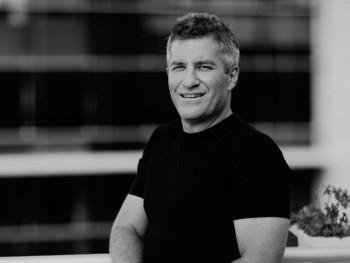 koko 45 éves társkereső profilképe