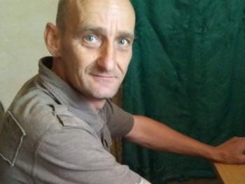 varga fecó 44 éves társkereső profilképe
