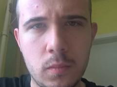 Edem22 - 23 éves társkereső fotója