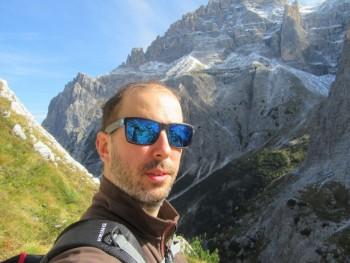 Colex 41 éves társkereső profilképe