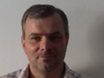 Károly Gulicska 53 éves társkereső profilképe