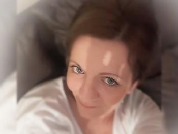 Flower 42 éves társkereső profilképe