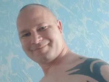 Zeke 43 éves társkereső profilképe
