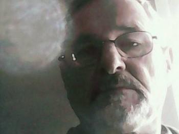 Pécsi Srác 64 éves társkereső profilképe