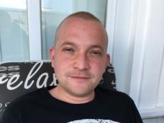 Roland 27 - 30 éves társkereső fotója
