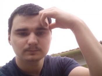 Csávóka30 32 éves társkereső profilképe
