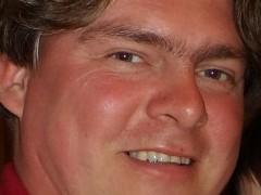 Krisztián 76 - 44 éves társkereső fotója
