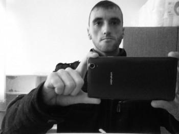 Laci2018 34 éves társkereső profilképe