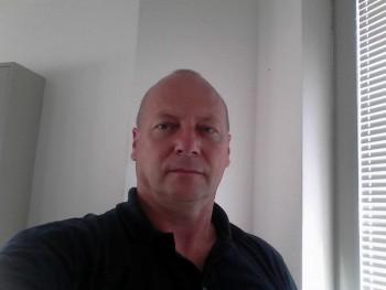 lala123 52 éves társkereső profilképe