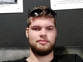 Ádám 22 éves társkereső profilképe
