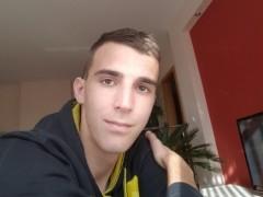 Ádám7 - 21 éves társkereső fotója