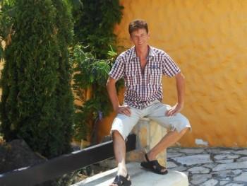 Malibu 2018 54 éves társkereső profilképe