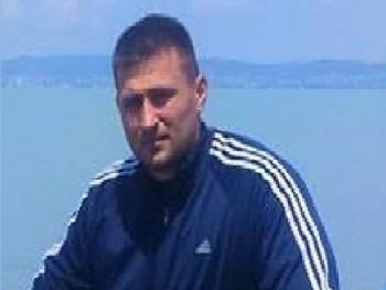 lászló 35 éves társkereső profilképe
