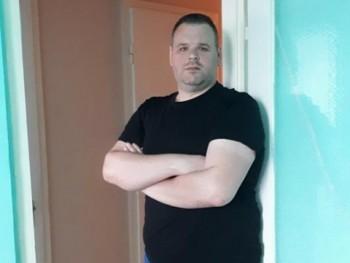 Elemér 46 éves társkereső profilképe