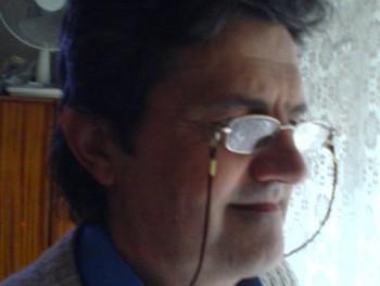 Delmi 64 éves társkereső profilképe